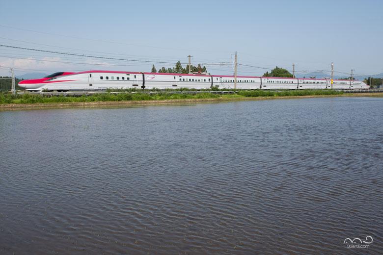 【壁紙】秋田新幹線E6系