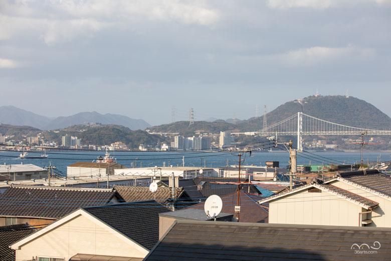 関門橋と関門海峡
